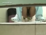 chinese girls go to toilet.45