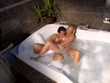 Elza Brown fucks in tub and on the beach